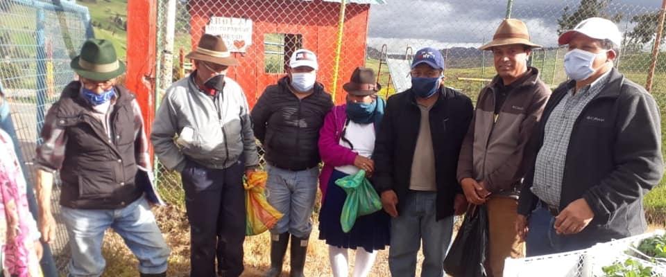 ENTREGA DE PLANTAS HORTICOLAS PARA LA IMPLEMENTACION DE HUERTOS FAMILIARES
